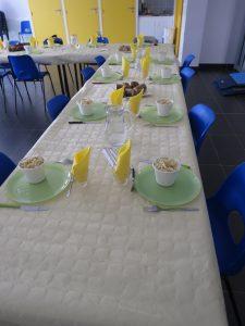 Table repas japonais Jean Vilar Angers